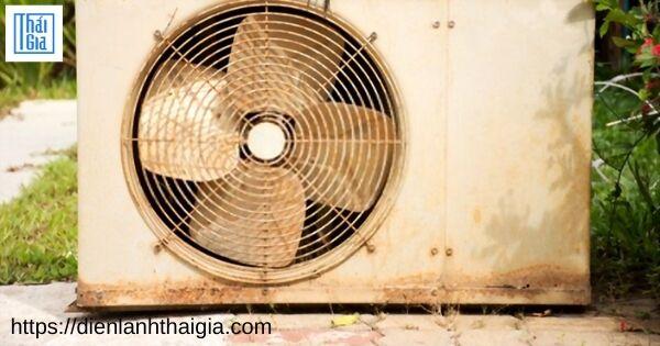 cục nóng máy lạnh kêu to