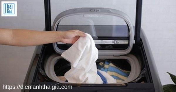 máy giặt toshiba báo lỗi E3-2