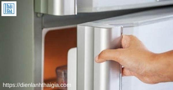 tủ lạnh chạy liên tục không ngắt